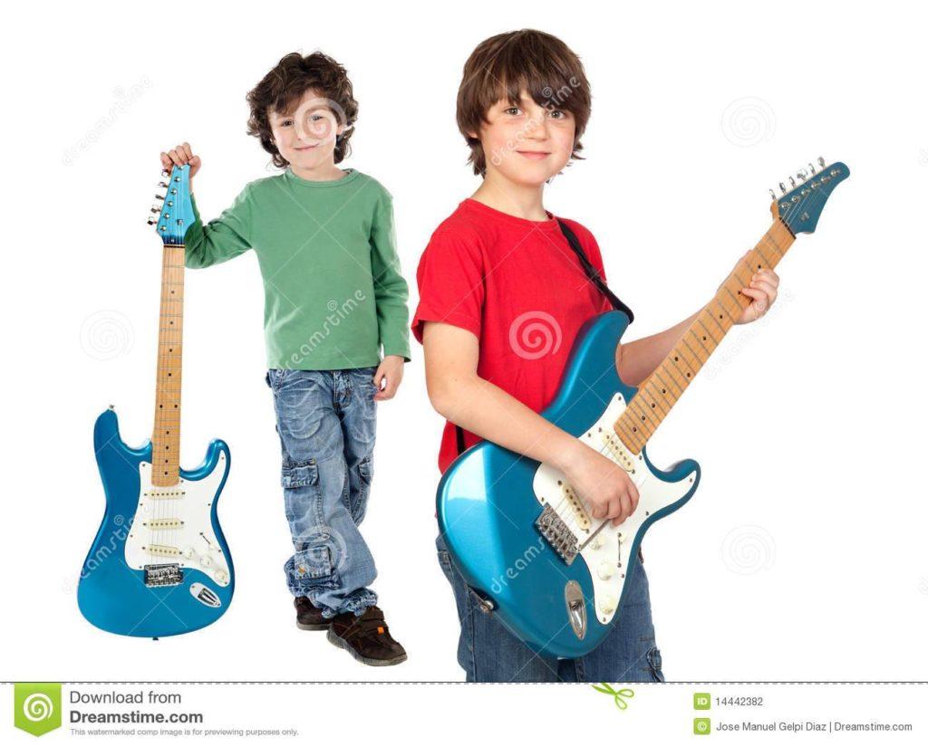 La mia prima chitarra @ Presso la Sede